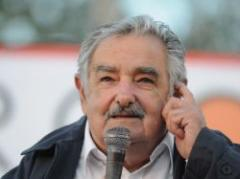 Mujica en inauguración de cosecha de arroz 2010