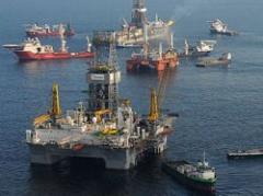 Derrame de petróleo: embudo funciona parcialmente