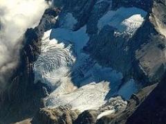 Pintan glaciares de Perú para evitar el deshielo