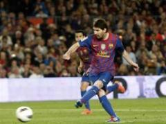 Sin Liga, sin Champions y sin nada, Messi metió cuatro