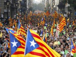 """Josep Ramoneda: La """"contradicción"""" entre el pedido de rescate de Cataluña y el reclamo de su independencia """"es lo que mejor explica"""" esta situación"""