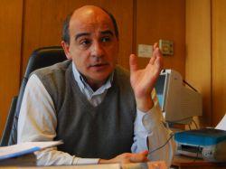 """Álvaro Vega (FA): """"Creo que (Cosmo) fue usada (por BQB) para evitar una subasta a la baja"""", y así """"quedar con las manos libres"""""""