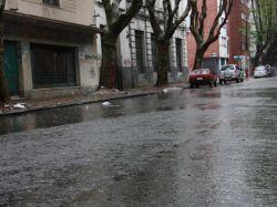 Alerta roja en Montevideo y Canelones; suspenden clases