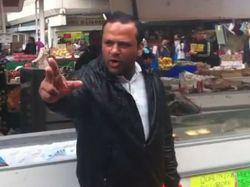 Deportan a vendedor que quiso desplazar a Psy