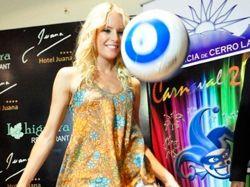 """""""La Sueca"""" Larsson brilló en el Carnaval de Melo"""