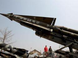 Seúl ve indicios de que Corea del Norte trasladó misil
