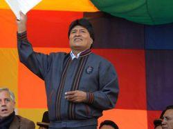 Evo Morales incrementó su salario un 20%