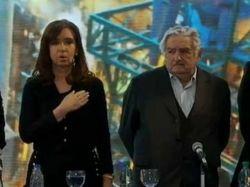 Cristina en Uruguay para inaugurar planta de Ancap