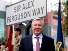Alex Ferguson tiene una calle en Manchester con su nombre