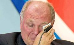 Presidente del Bayern Munich se quebró en plena asamblea