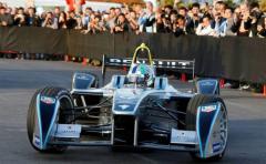 """La nueva Fórmula """"E"""" de automovilismo podría llegar a Punta del Este"""