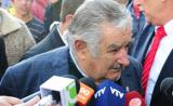 Mujica viaja a Finlandia por tercera planta de celulosa