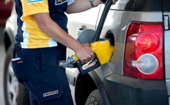 Vendedores de Nafta mantienen paro ante falta de propuesta de Ancap