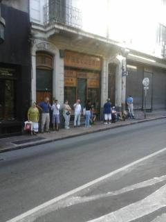 Otra vez colas en la puerta de la Junta Electoral de Montevideo