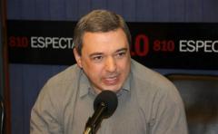 """Mario Bergara: El déficit fiscal """"es totalmente manejable"""" y el nivel actual de inflación """"no afecta a las decisiones económicas"""""""