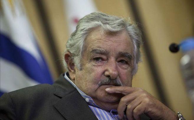 Mujica defendió déficit fiscal por inversiones en UTE, Antel y Ancap