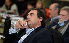 Botana analiza una denuncia penal contra su sucesor Pedro Saravia