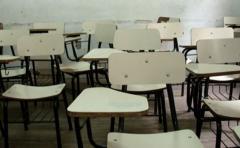 Docentes en contra de la idea de ciclo único de Vázquez para la enseñanza