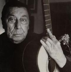 Homenaje a Atahualpa Yupanqui, el más importante músico argentino de folclore