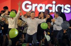 La oposición, aunque atomizada, venció en Buenos Aires y Córdoba
