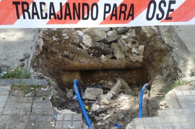 Sindicato de OSE denuncia que se intenta privatizar el área operativa