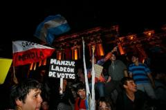 Siguen protestas por supuesto fraude en elecciones de Tucumán
