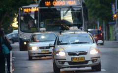La Unott pide la prohibición de la aplicación Uber en todo el país