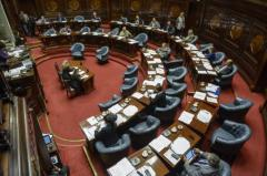 Cambios en los artículos polémicos del presupuesto no convencen a la oposición
