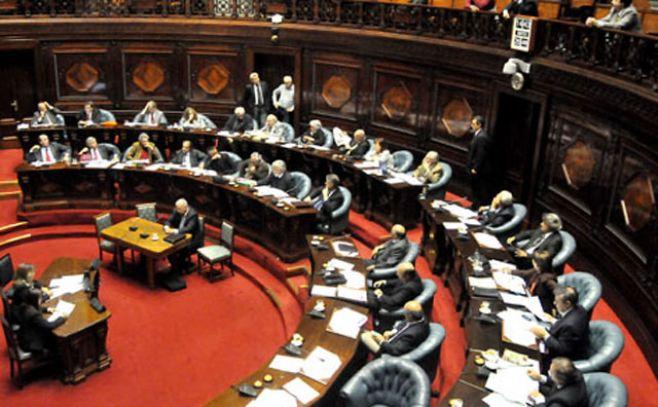 Con los votos del FA, Senado aprobó en general el Presupuesto