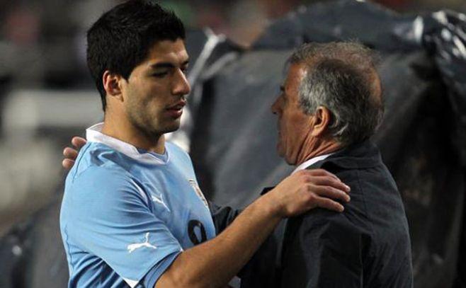 "Tabárez: ""No veo a Luis Suárez como un salvador"""