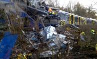 Nueve muertos y 150 heridos en choque de trenes en Alemania