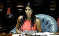 Verónica Alonso citará a Nin Novoa por acuerdo Trans-pacífico