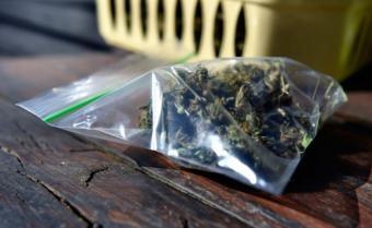 Internet amenaza con revolucionar negocio de compraventa de drogas