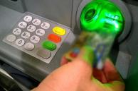 Tres argentinos procesados por estafa y falsificación de tarjetas