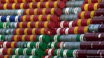 El desplome del precio del petróleo: ocho razones