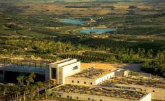 Inaugura Bodega Garzón, una de las mayores del mundo