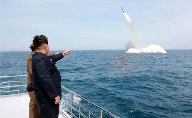 Pyongyang anuncia lanzamiento de misil balístico desde submarino
