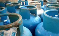 Trabajadores de Riogas vuelven a envasar garrafas