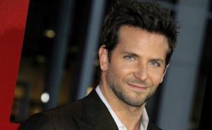 """Bradley Cooper considera """"familia"""" a de Niro y Lawrence"""