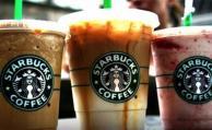 Demandan a Starbucks por poner mucho hielo en bebidas