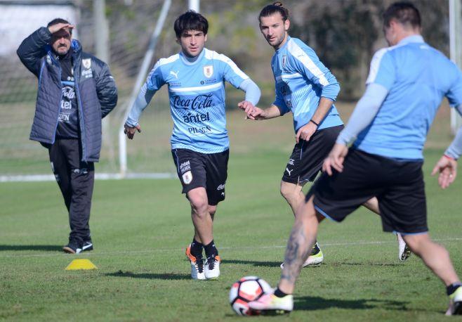 Uruguay retoma prácticas pendiente de Luis Suárez. Pablo Vignali/adhocfotos