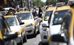 IM desestimó pedido de dueños de taxis sobre control de Uber
