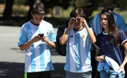Twitter se suma a la fiesta y a las polémicas en la Copa