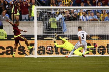 Uruguay perdió y quedó eliminado