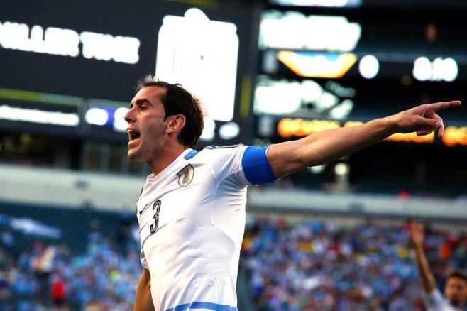 Uruguay perdió y quedó eliminado. EFE