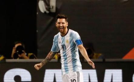 """Messi dijo estar """"aliviado"""" por no cruzarse con Uruguay"""