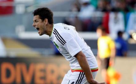 México se despide humillado por Chile