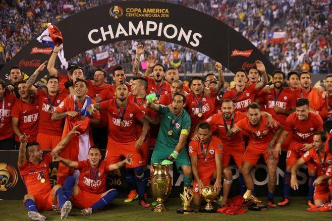 Chile repite tras derrotar a Argentina en los penales. EFE