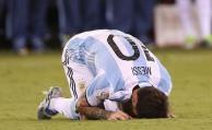 Messi lloró desconsolado tras fallar el penal