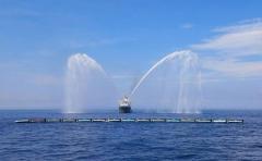 Conozca el gigante flotante que limpiará los océanos